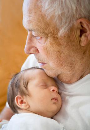 Cursos de crianza para abuelas ¿y abuelos?