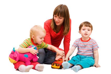 Nuevas ayudas a las familias: la apuesta de las autonomías