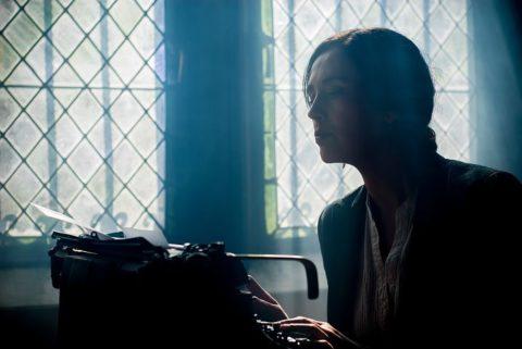 Mujer escritora