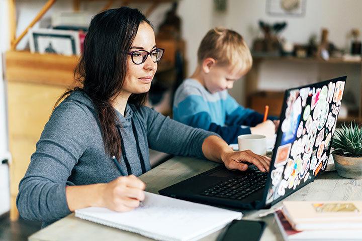 Volver al trabajo presencial con menores en casa: ¿Cómo conciliar?
