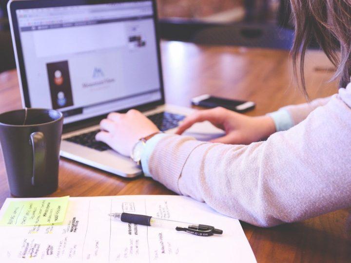 La formación como la gran oportunidad de empleo para las mujeres