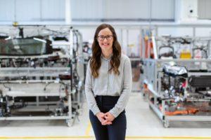 Las mujeres están creciendo en campos como la ingeniería o la mecánica
