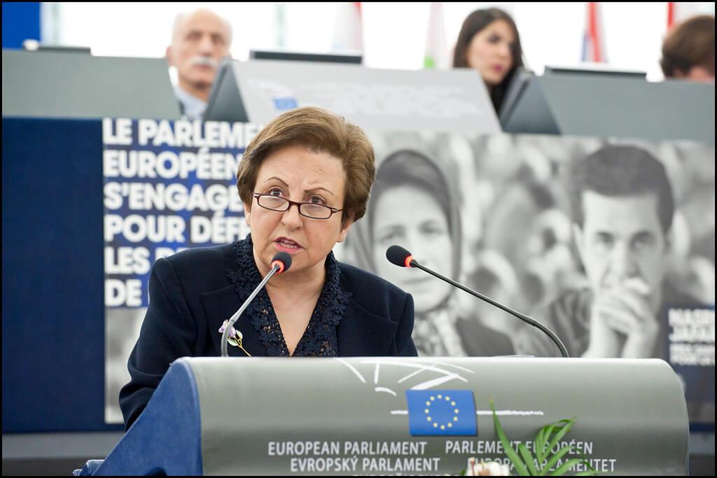 Una de las mujeres premiadas con el Nobel de la Paz, La premio Nobel de la Paz, la abogada iraní Shirin Ebadi