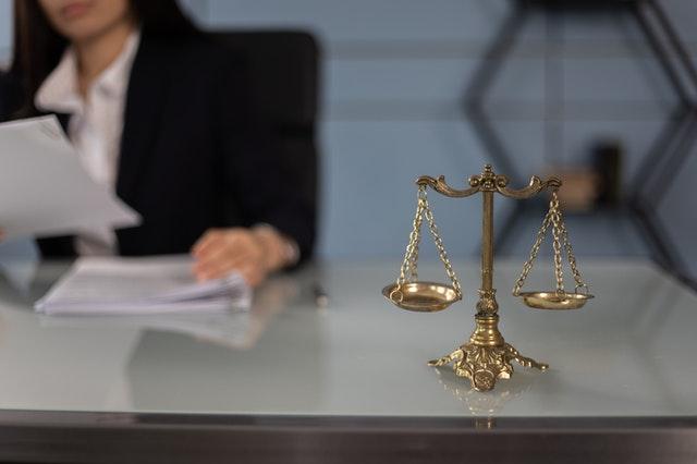 Casos reales de discriminación laboral hacia la mujer