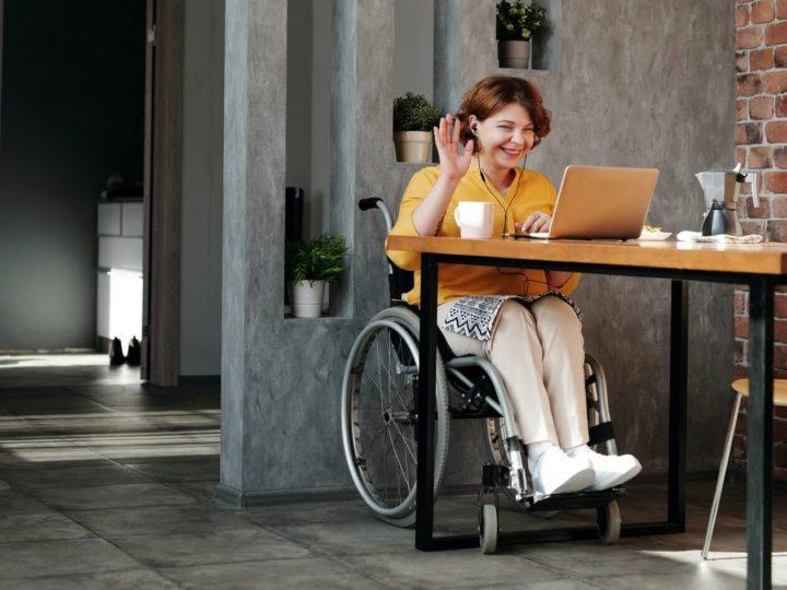 Mujer con discapacidad, doble reto en el mercado de trabajo