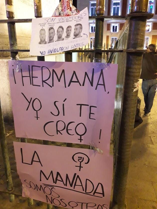 Pancartas en la manifestación en Madrid contra la sentencia en el caso de la Manada de sanfermines